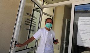 Slikovni rezultat za doktori mostar u štrajku